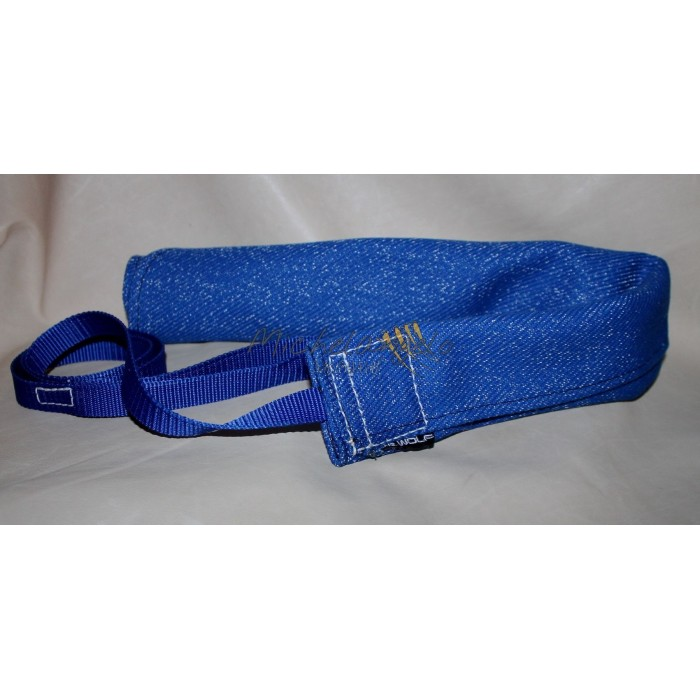 french linen whith handle and leash